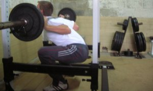 squat-back-rounds